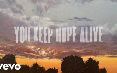 "Mandisa, ""You Keep Hope Alive"""